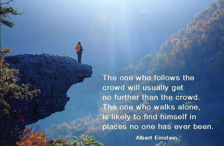 einstein follow the crowd